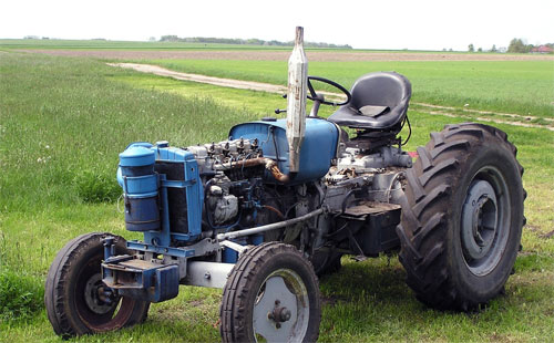拖拉机润滑油添加时的三大禁忌
